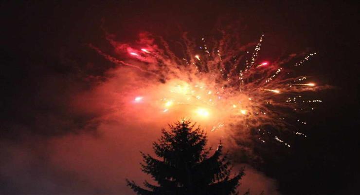 комендантську годину в Новий рік
