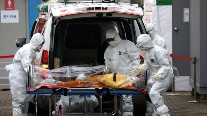 спалах коронавіруса в Китаї