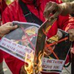 Перший протест проти військового перевороту в М'янмі