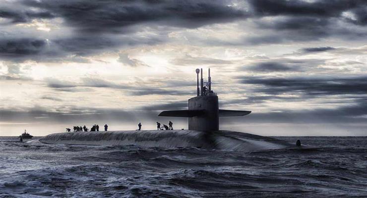 зіткнулися підводний човен і корабель