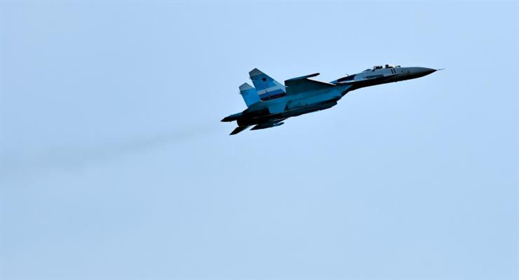два російські винищувачі Су-27 зустріли групу французьких військових літаків над Чорним морем