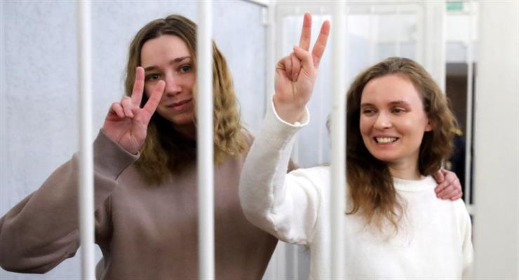 в Білорусі двоє журналістів засуджені до тюремного ув'язнення