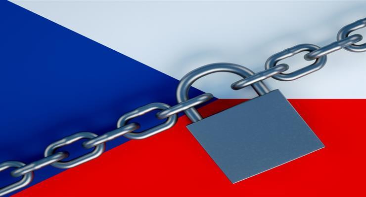 Чехія поки не послаблює заходи