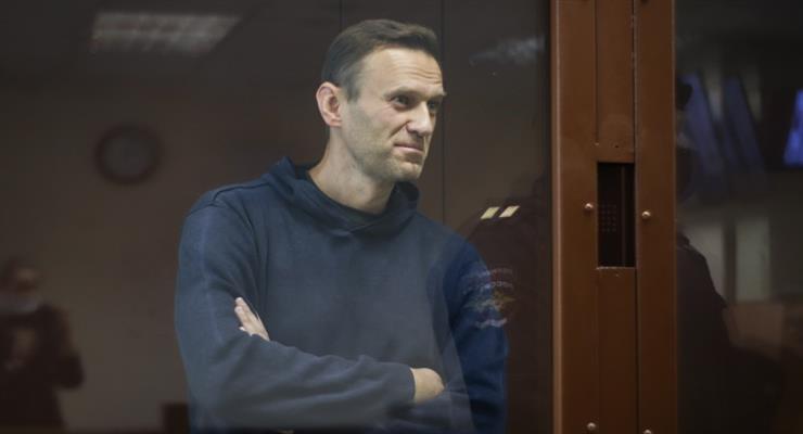 Фонд Бориса Нємцова нагородив Навального Премією за мужність