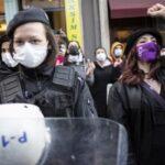 1000 жінок протестують в Стамбулі проти вбивств представниць слабкої статі