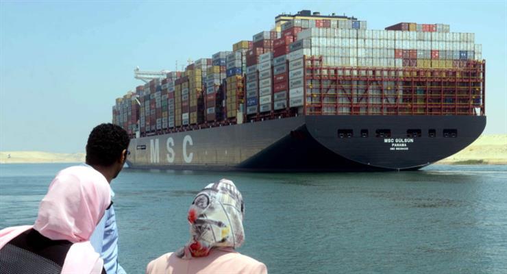 онтейнеровоз перекрив Суецький канал