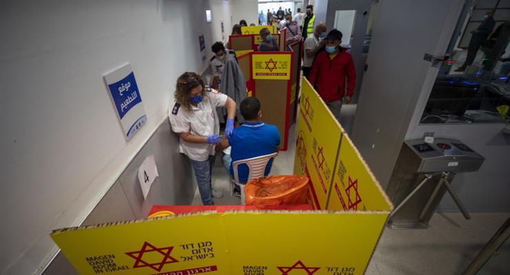 ізраїльтяни на 1-му місці по вакцинації