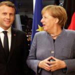 Меркель и Макрон призвали Путина уважать права Навального