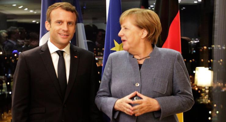 Меркель і Макрон закликали Путіна поважати права Навального