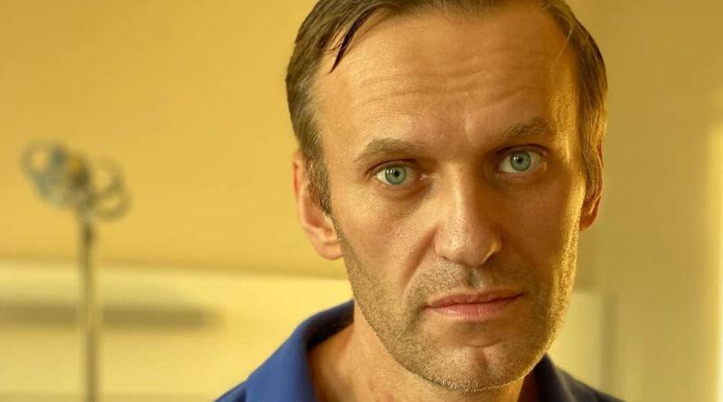 у Навального температура
