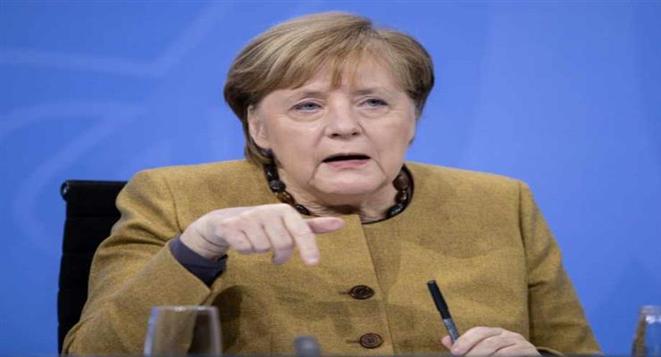 Меркель перенесла вакцинацію