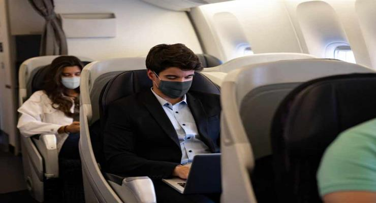 соціальна дистанція в літаках