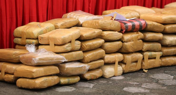 громадянин Малайзії був заарештований за торгівлю наркотиками