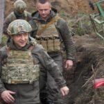 Зеленський запропонував Путіну зустрітися на Донбасі, що роздирається війною
