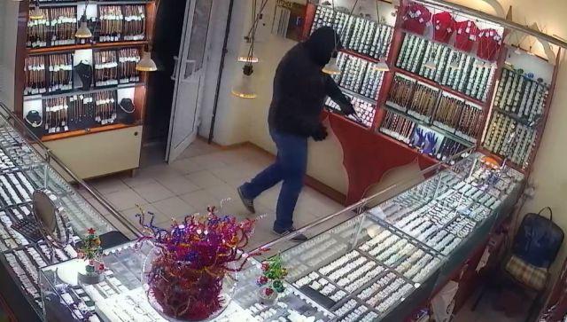нападение на ювелирный магазин