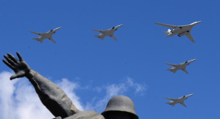 в Хмейміме знаходилися три дальніх бомбардувальника Ту-22М3