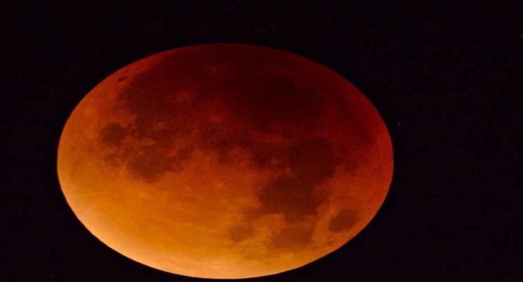 місячне затемнення з літака