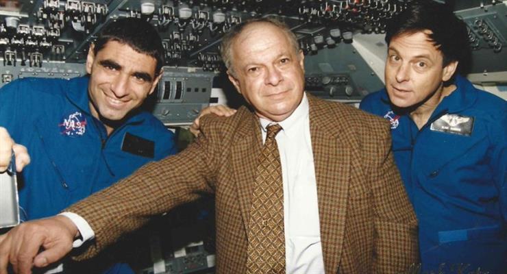 помер колишній глава ізраїльського космічного агентства
