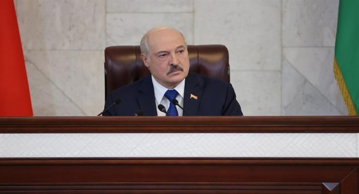 Лукашенко готовий до мобілізації