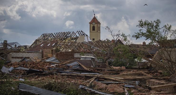 наслідки торнадо в Чехії