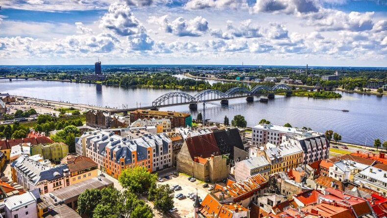 працевлаштування в Латвії