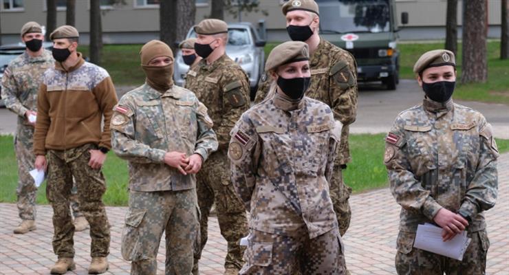Латвія вслід за Литвою зміцнює кордони