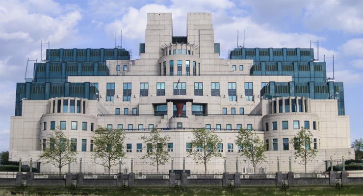 британцев предупредили о вражеских агентах