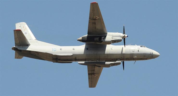 літак зник з радарів