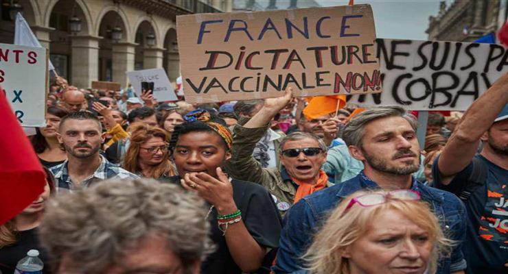 протести по всьому світу