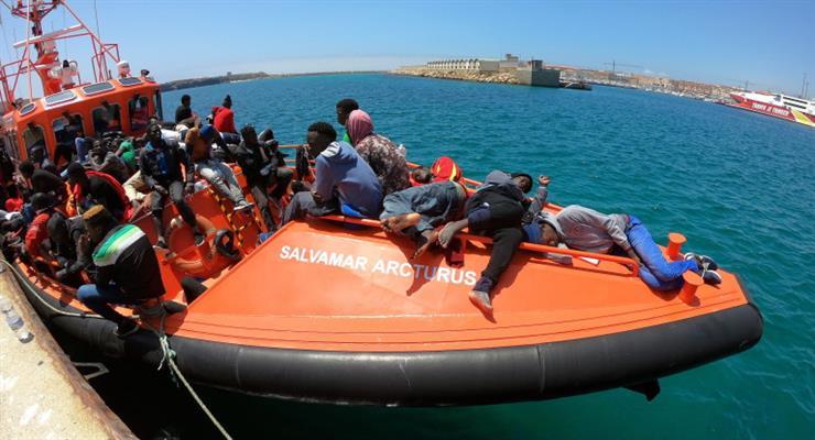 трагедія з кораблем-мігрантом