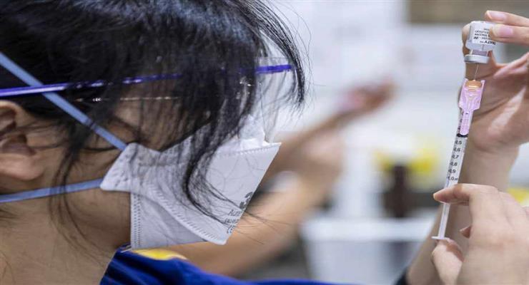 вакцинація підлітків в Камбоджі