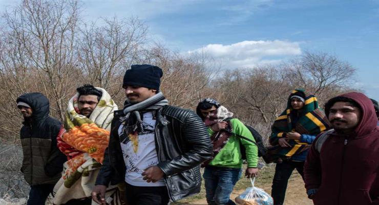 Греція видала майже 10 000 ордерів на затримання мігрантів