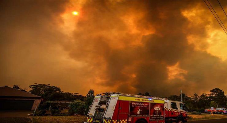 лісова пожежа знищила історичне місто в штаті Каліфорнія
