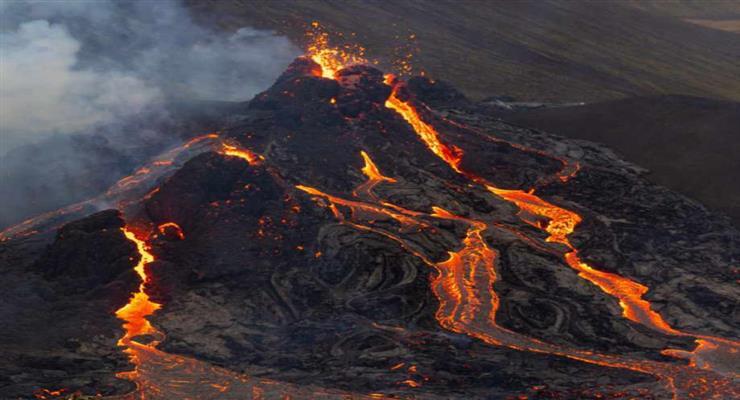 виверження вулкана в Індонезії