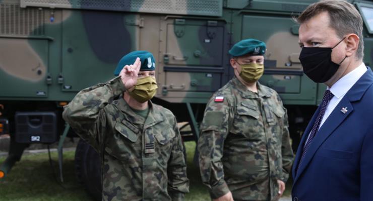 Польща відправила війська на кордон з Білоруссю через тиск мігрантів