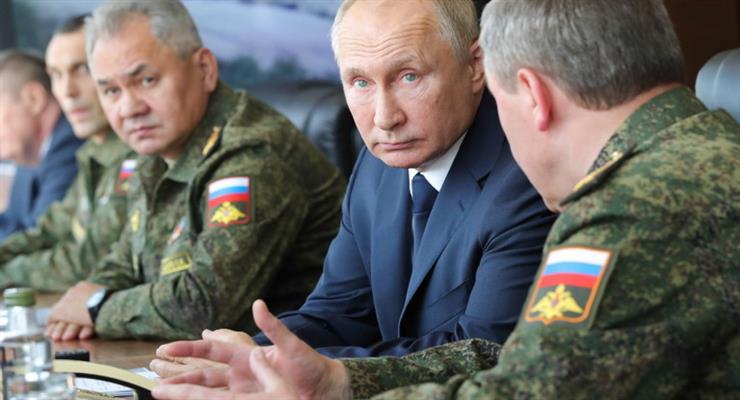 Росія відправила військові літаки для евакуації 500 осіб з Афганістану