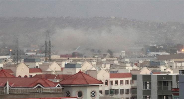 вибухи біля аеропорту Кабула