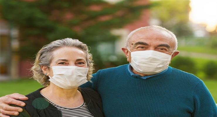 маски на відкритому повітрі стають обов'язковими на Сицилії
