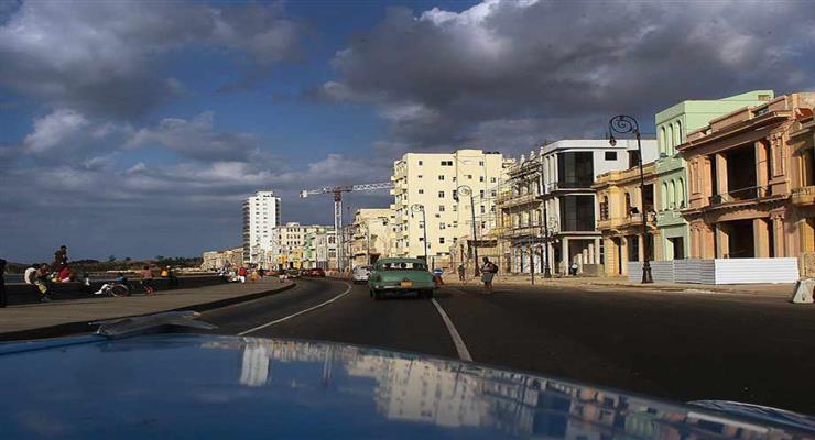 Куба евакуювала 10000 жителів через ураган Іда