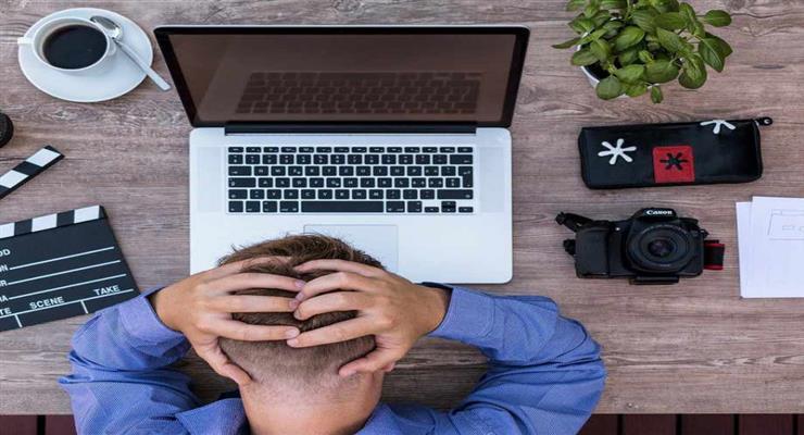 великі компанії відправляють своїх співробітників у відпустку, щоб зміцнити їхню психіку