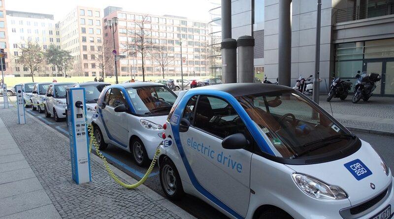 Кіпр замінить державні автомобілі на електромобілі