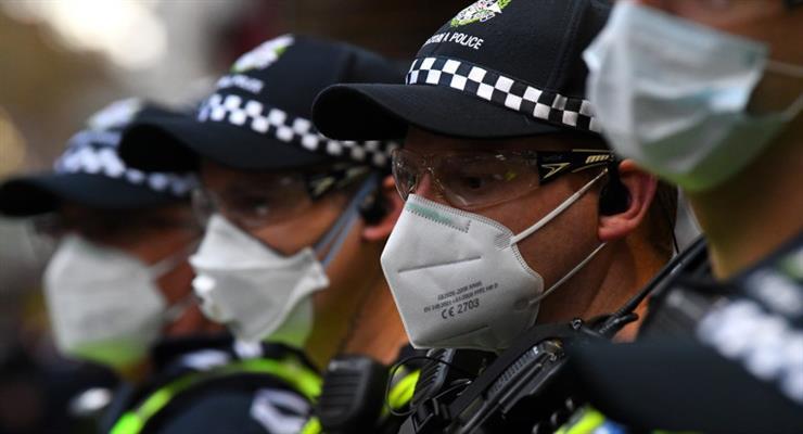 Нова Зеландія з невеликим зростанням захворюваності коронавірусом знімає блокаду
