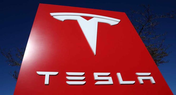 продаж Tesla в Китаї підскочили на 275% в річному численні