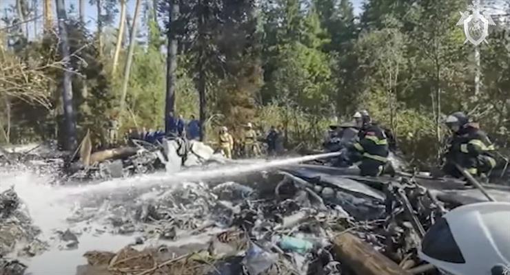 4 людини загинули в авіакатастрофі в Росії