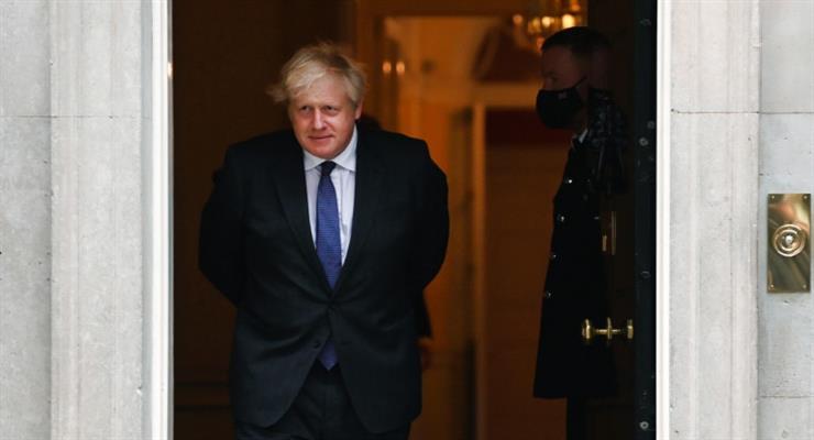 Борис Джонсон з планом боротьби з пандемією взимку