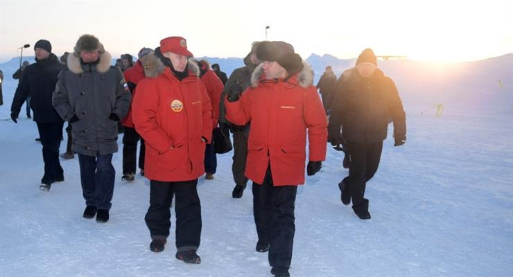 США, Великобританія, Норвегія і Фінляндія спостерігають за навчаннями Росії в Арктиці
