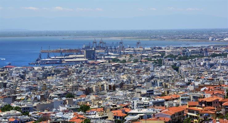 в Греції частина домовласників звільнені від податків через пандемію і землетрус