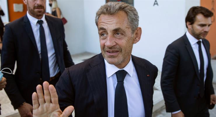 Саркозі отримав рік в'язниці