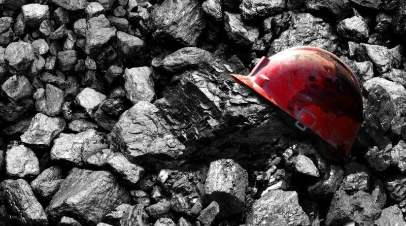 Дев'ять гірників загинули через обрив троса ліфта в шахті на Донбасі