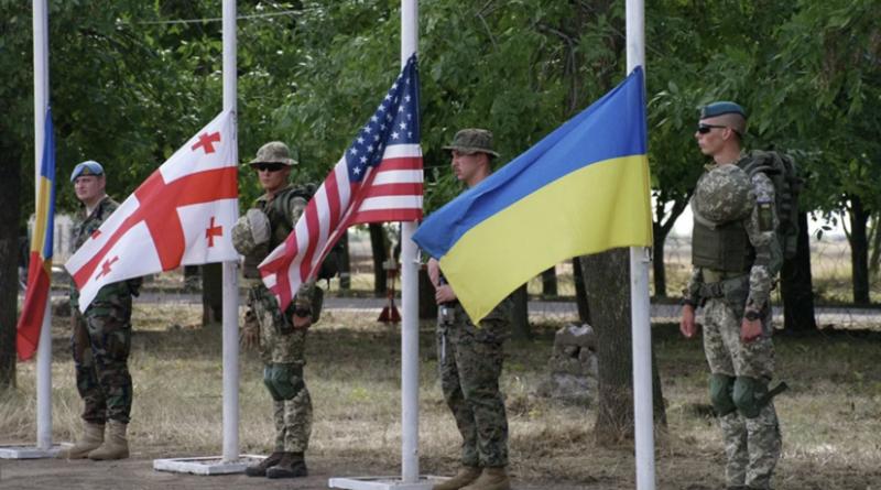 Украина проводит военные учения с США и странами НАТО